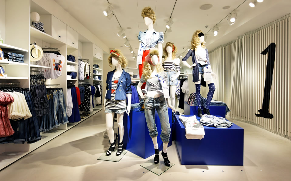 http://www.garde-intl.com/img/portfolio/retail_stores/h-m/shinsaibashi/img_003.jpg